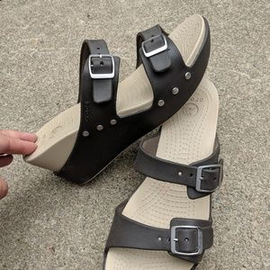 Women's Studded Brown Wedges by Crocs Size 10M